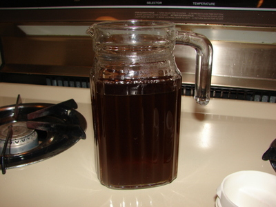 Making_maple_syrup_010